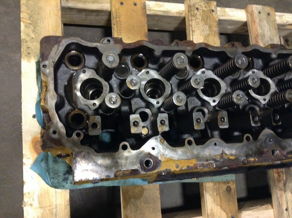 Used Engine Head Assembly for 2004 FREIGHTLINER FL70 1100.00 for sale-57205981