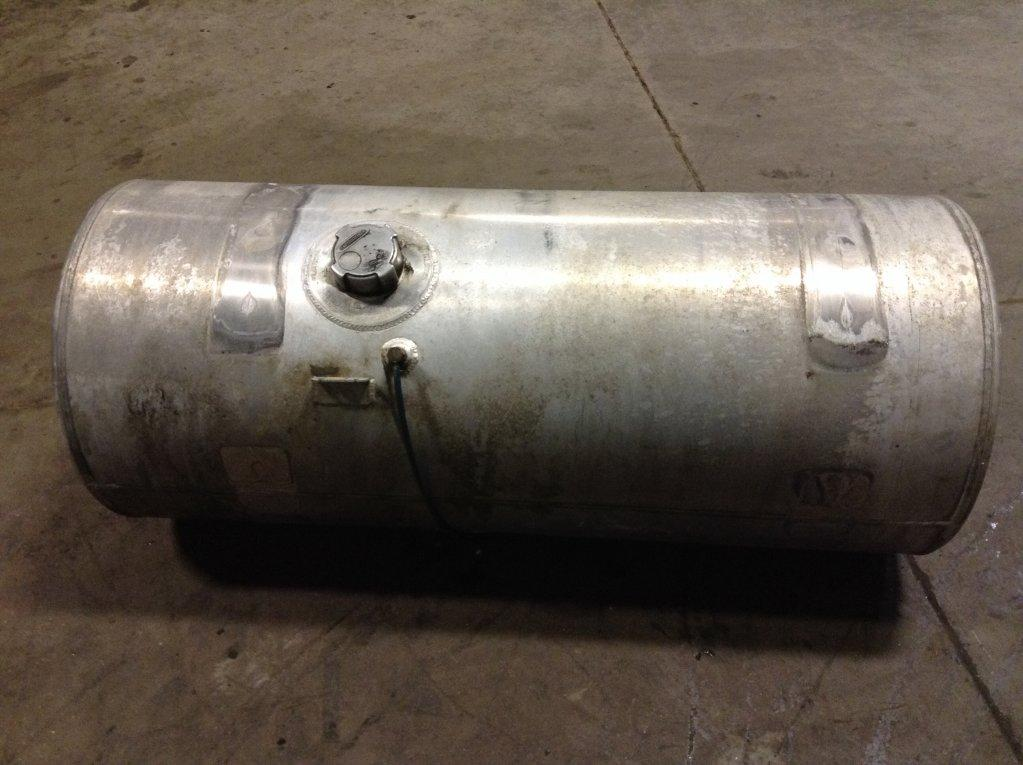 Used Fuel Tank for 2000 FREIGHTLINER C120 CENTURY 450.00 for sale-57280211
