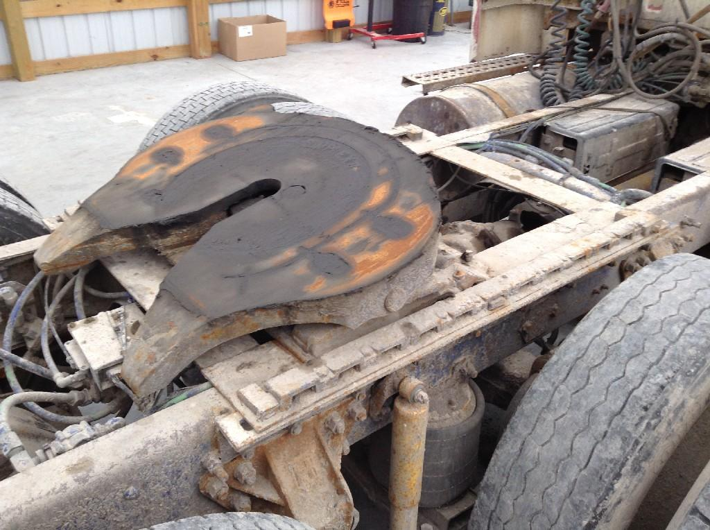 Used Fifth Wheel for 1998 Ford AT9513 350.00 for sale-57267741