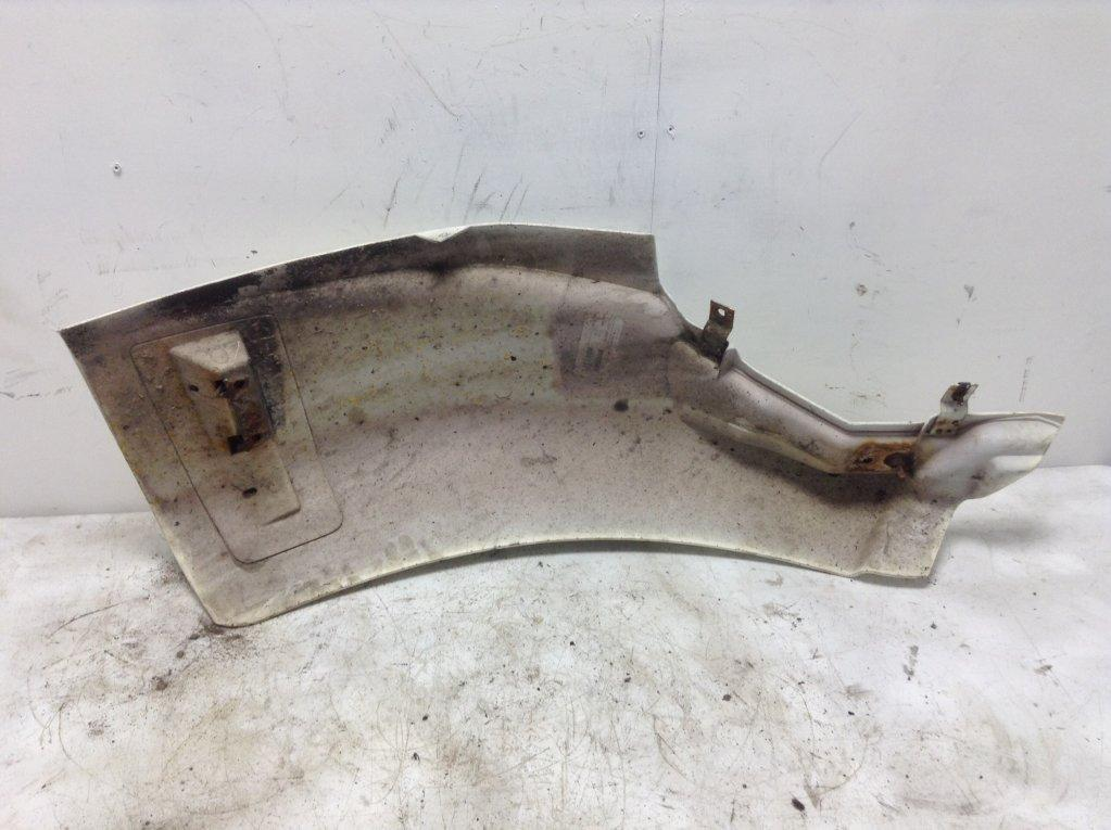 Used Fender for 1998 Ford L8501 250.00 for sale-57246661
