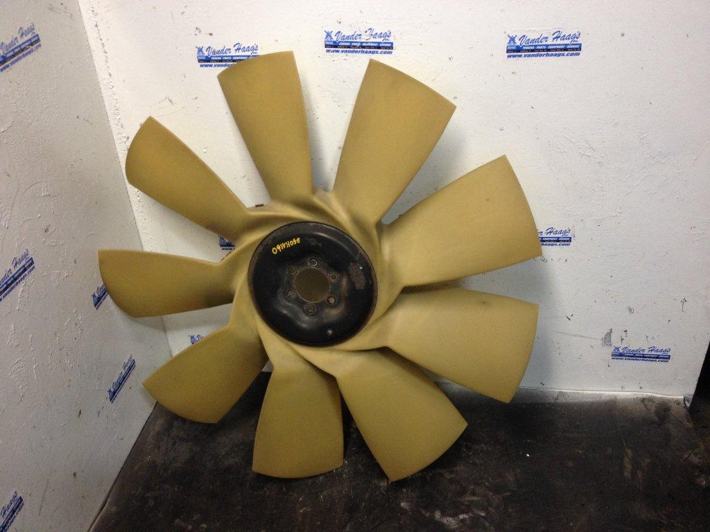 Used Fan Blade for 2009 FREIGHTLINER CASCADIA 85.00 for sale-57236431