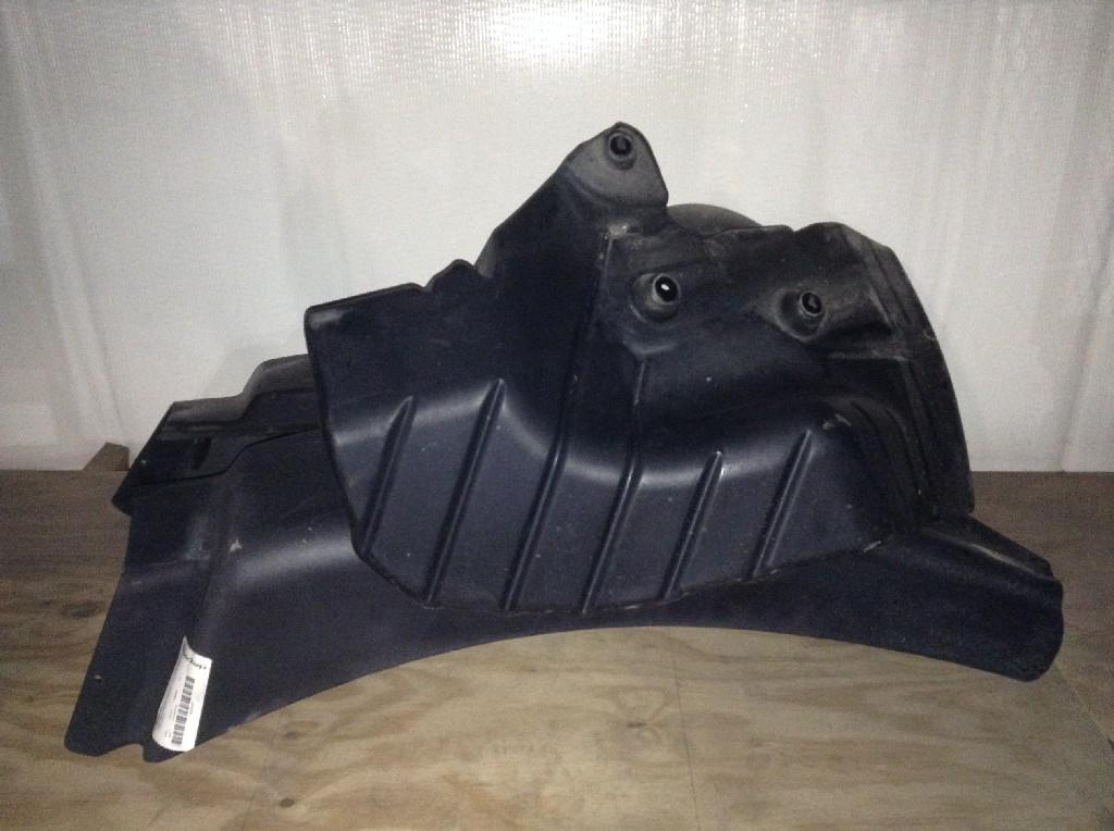 Used Fender for 2015 MACK CXU613 225.00 for sale-57246611