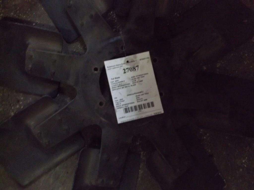 2003 INTERNATIONAL DT 466E Fan Blade