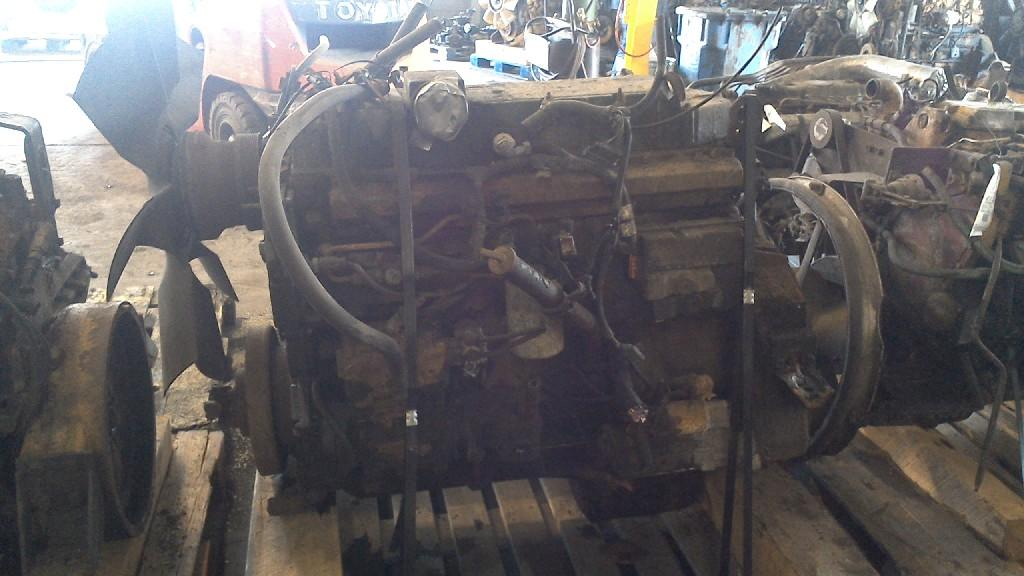 INTERNATIONAL DT 530E Engine Assembly
