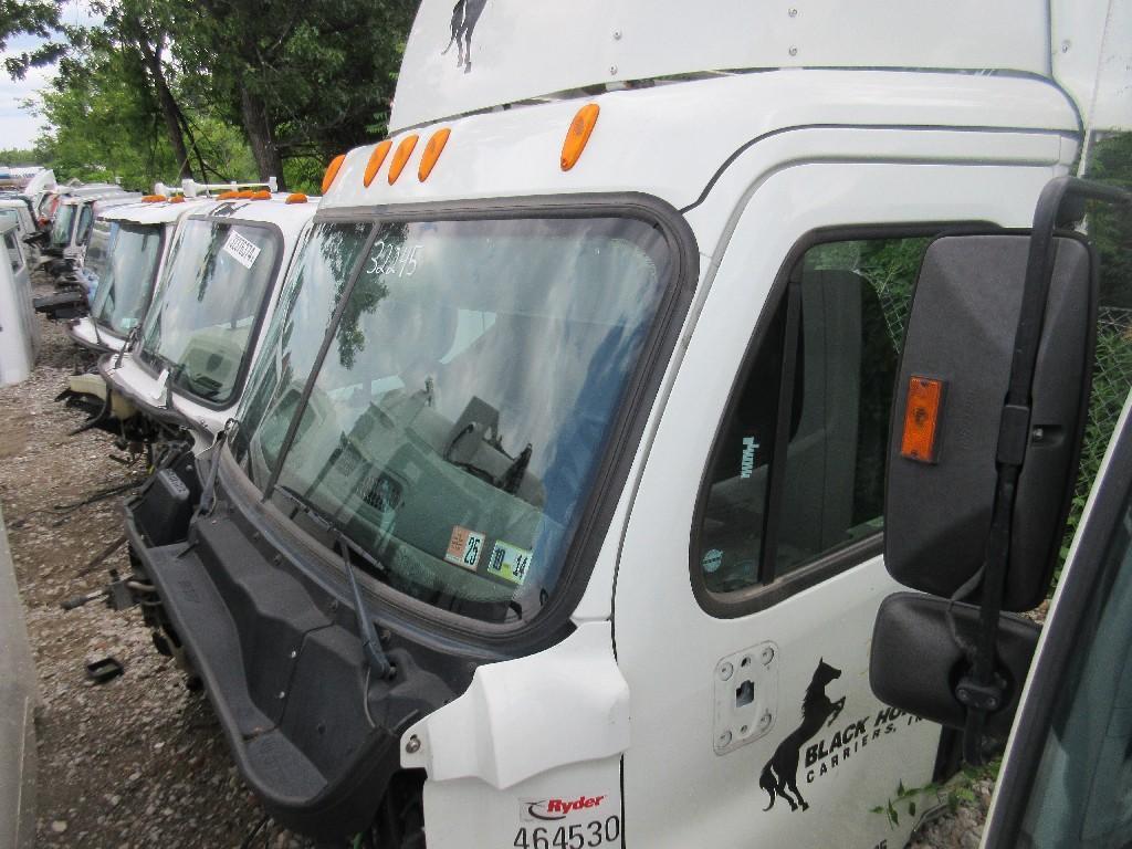2012 FREIGHTLINER CASCADIA 125 Cab
