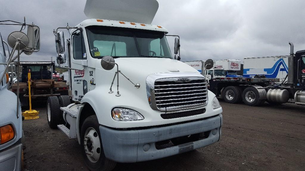 2006 FREIGHTLINER COLUMBIA 112 Other Truck