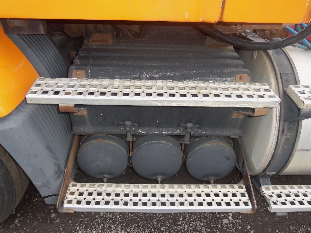 VOLVO AIR TANKS FOR SALE