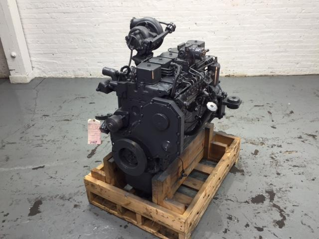 KOMATSU SAA6D102E-2 Engine Assembly