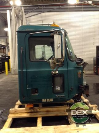 MACK CX612 Cab