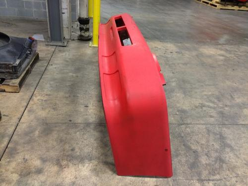 VOLVO VNL42T Bumper Assembly, Front