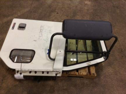 FREIGHTLINER CL112 Door Assembly, Front