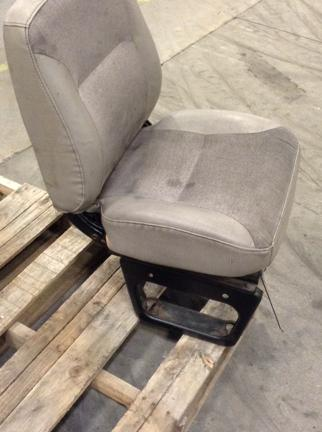 INTERNATIONAL 8100 Seat, Front