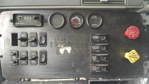 FREIGHTLINER COLUMBIA Dash Assembly