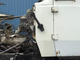FORD LT8000 Cowl
