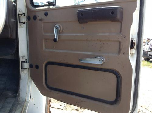 INTERNATIONAL S1900 Door Assembly, Front