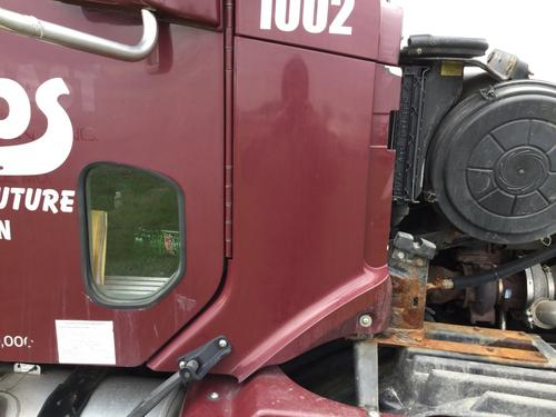 FREIGHTLINER COLUMBIA 120 Cowl