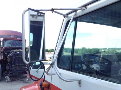 INTERNATIONAL 4600 Mirror (Side View)