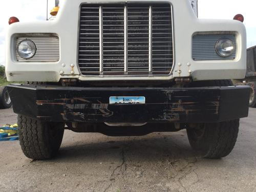 MACK R600 Bumper Assembly, Front