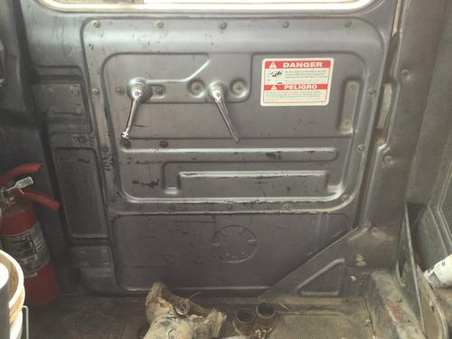 MACK R600 Door Assembly, Front