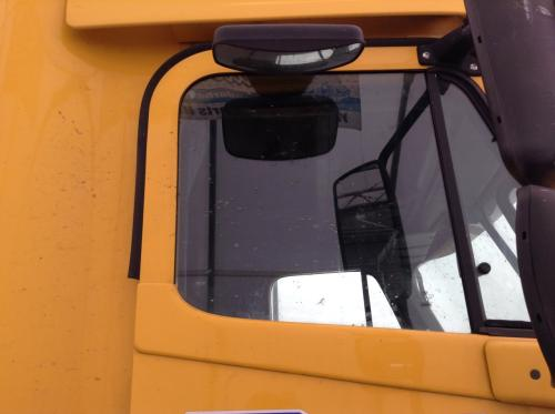 FREIGHTLINER COLUMBIA 120 Door Glass, Front