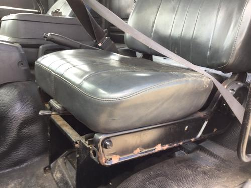 CHEVROLET T6500 Seat, Front