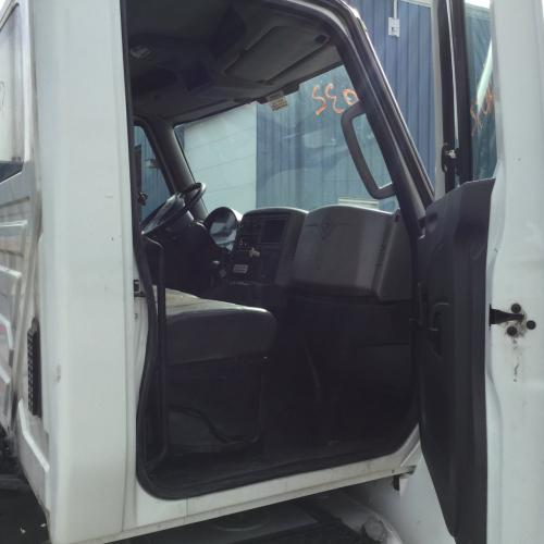 INTERNATIONAL DURASTAR (4300) Cab