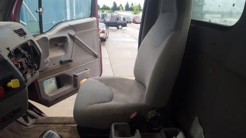 FORD LT9522 Seat, Front