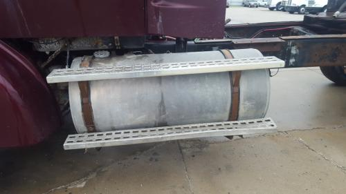 FORD LT9522 Fuel Tank