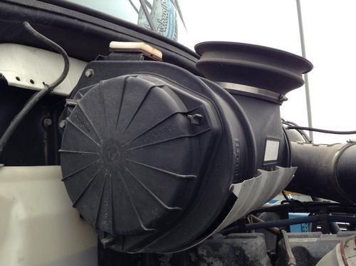 MACK CH600 Air Cleaner