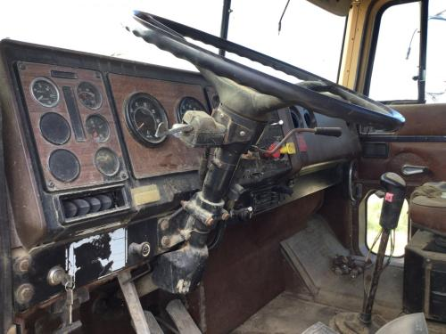 INTERNATIONAL 9300 Steering Column