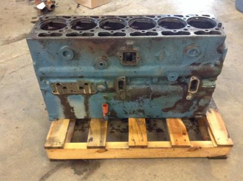 INTERNATIONAL DT466C Cylinder Block