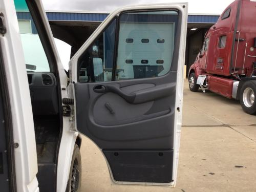 DODGE SPRINTER Door Assembly, Front