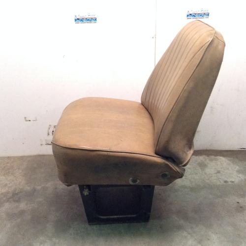 INTERNATIONAL S2200 Seat, Front