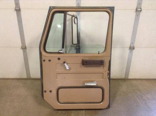 INTERNATIONAL S1600 Door Assembly, Front