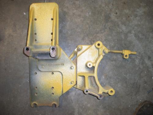 STERLING AT9513 Engine Mounts