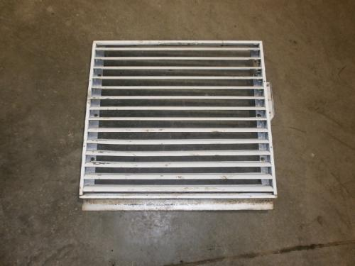 INTERNATIONAL 1700 LOADSTAR Grille