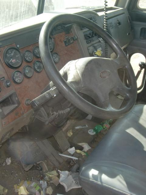 PETERBILT 330 Steering Column