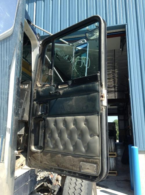 KENWORTH W900B Door Assembly, Front