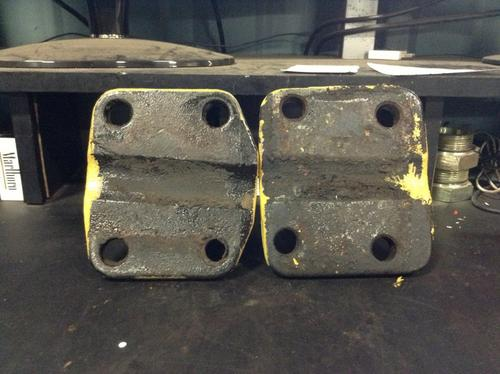 FREIGHTLINER FL80 Engine Mounts