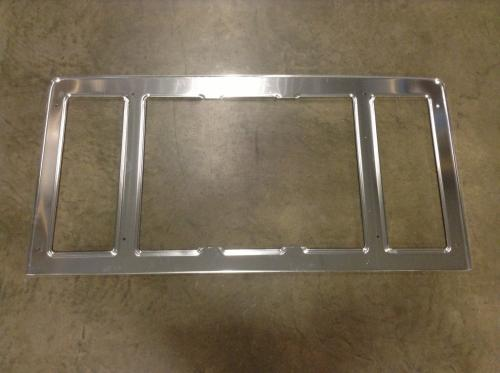 INTERNATIONAL S2500 Grille