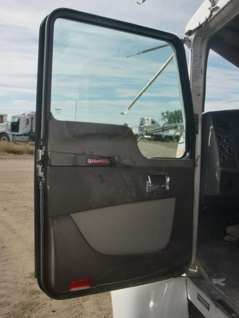 KENWORTH T270 Door Assembly, Front