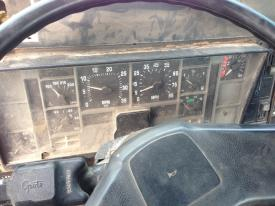 INTERNATIONAL 8200 Instrument Cluster