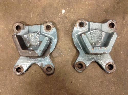 FREIGHTLINER C120 CENTURY Engine Mounts