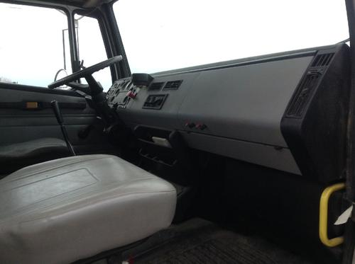 FREIGHTLINER FL112 Dash Assembly