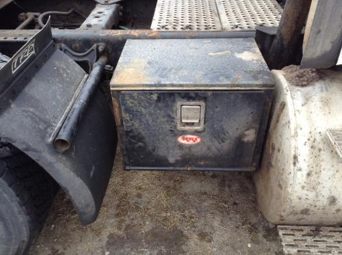 INTERNATIONAL 9200 Tool Box