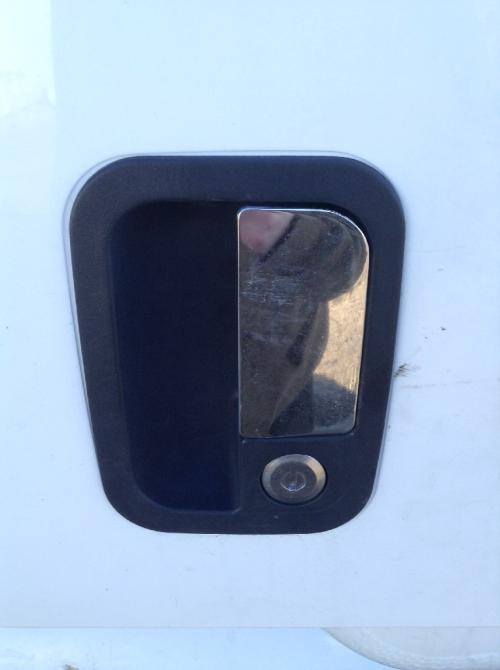 PETERBILT 387 Door Handle