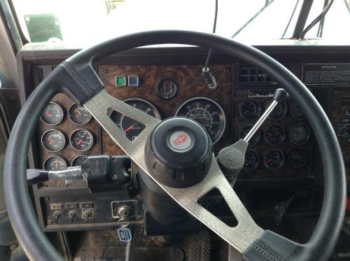 KENWORTH W900B Dash Assembly