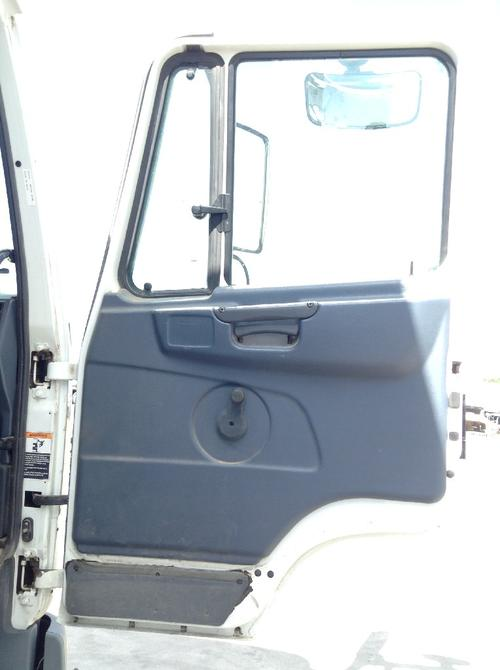 PETERBILT 270 LCF Door Assembly, Front