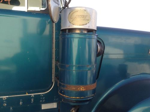 KENWORTH W900A Air Cleaner
