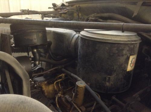 FORD F7000 Air Cleaner